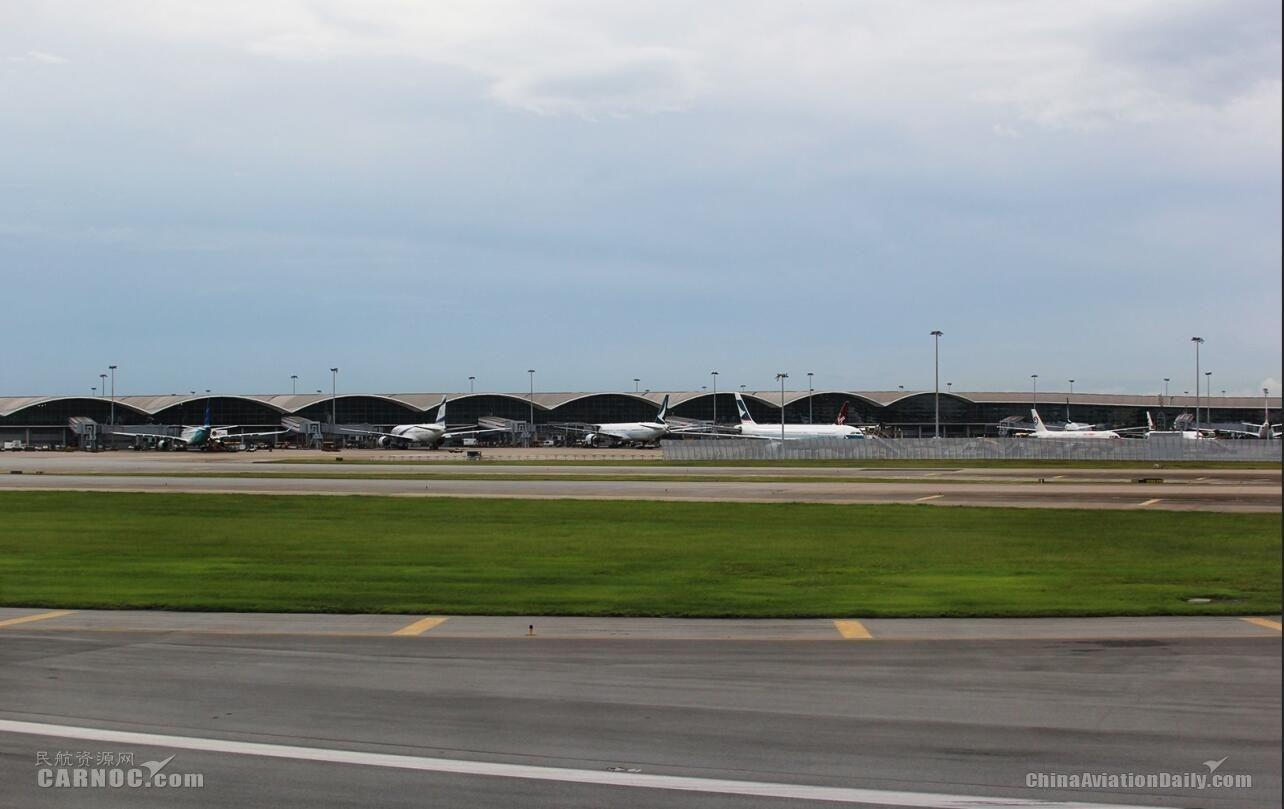 民航早报:8月13日香港机场将实施航班重新编配
